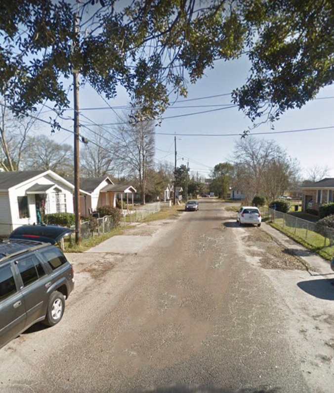 Prichard Alabama: YOUNG AT STYLE